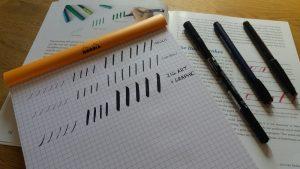 brush pen lettering 2 supplies